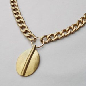 vintage cuban link chain with pendant